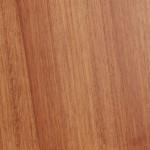 Bois exotique rouge : iroko