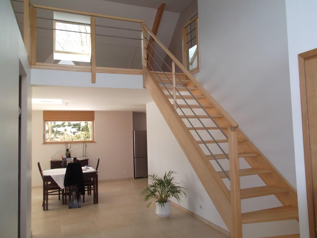 le gc68 un escalier bois et inox moderne et pas cher fabricant d 39 escaliers sur mesure. Black Bedroom Furniture Sets. Home Design Ideas