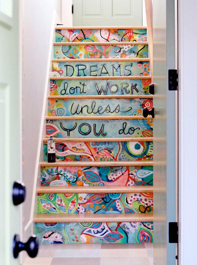 Escalier peint façon Picasso