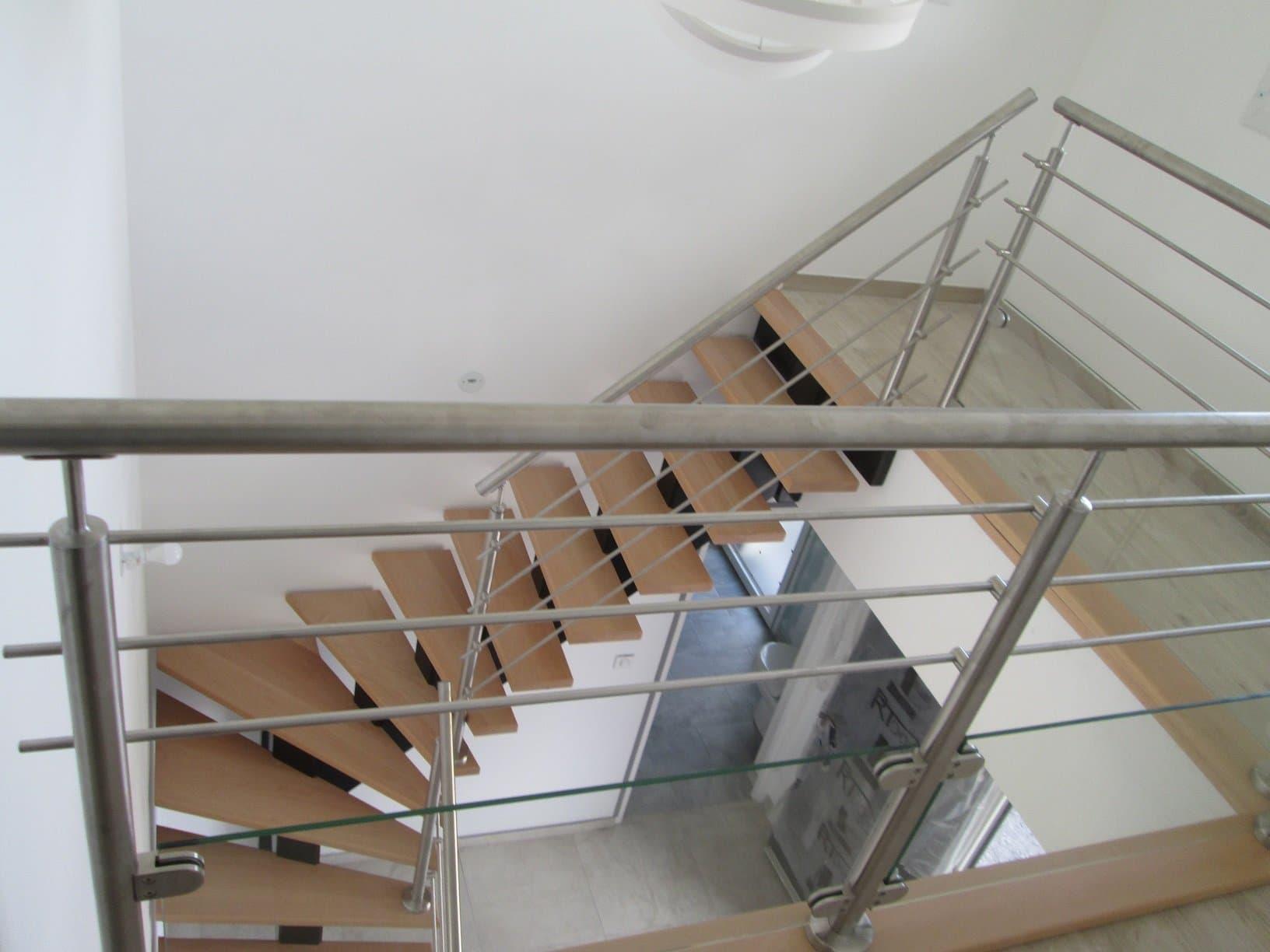 Escalier ext rieur bois m tal sur villeneuve d 39 ascq for Escalier exterieur metal
